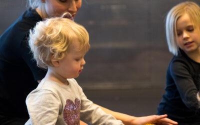 Etiske retningslinjer i barn til barn massage (0-9 år)